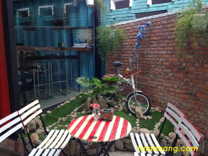 Container Coffee Da Nang
